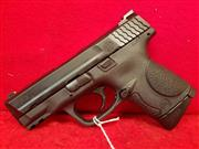 Smith & Wesson M&P 9mm Compact Pistol - 2 Mags